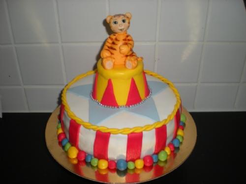 Circus Cake - För den nyfikne. :) - Bild 1