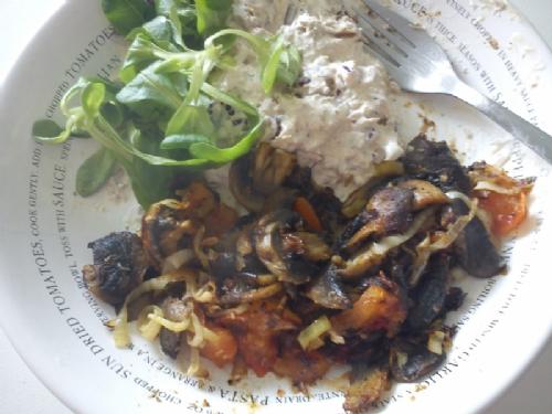 Härlig fett- och proteinrik lunch :P - Bild 1